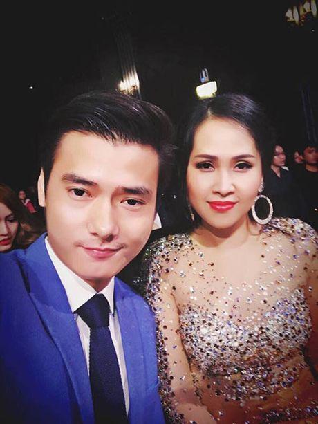 """Gai nhay"" Minh Thu dep doi, goi cam ben Nam vuong Pham Xuan Hien - Anh 2"