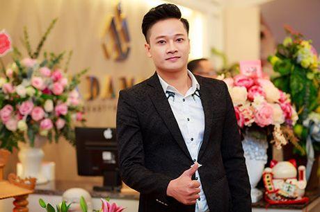 MC Ngoc Trang nhieu show hon sau khi cong khai chuyen tinh dong tinh - Anh 9