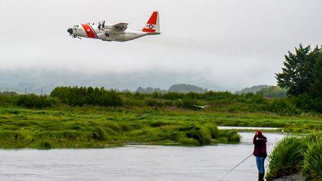 Kham pha 'Luc si bau troi' C-130 Hercules huyen thoai - Anh 2