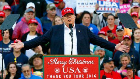 Ong Trump goi thiet bi lan bi Trung Quoc thu giu la 'do bi danh cap' - Anh 1