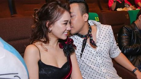 Tran Thanh, An Nguy gay nao loan duong pho khi nhay flashmob cung fans - Anh 3