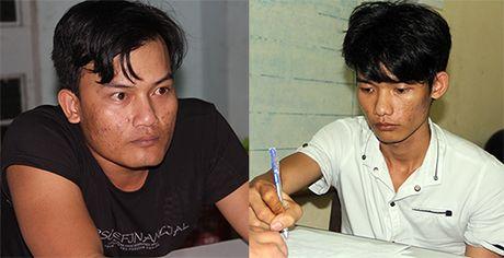 Bat giu 2 nghi pham no sung cuop tiem vang o Tay Ninh - Anh 1