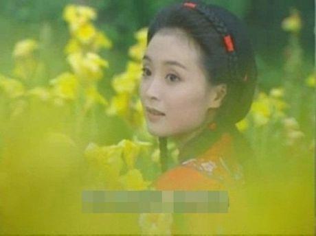 So phan bat hanh, duong tinh lan dan cua dan dien vien phu 'Tan dong song ly biet' - Anh 13