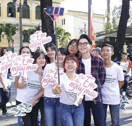 Tran Thanh, An Nguy nhay flashmob tren pho Sai Gon - Anh 6