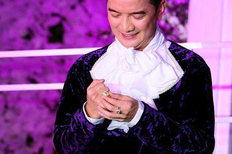 Nhin nhung hinh anh nay, khong ngo Dam Vinh Hung phai tra no hang ty cho me - Anh 11