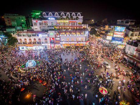 Chuyen gia 'hien ke' cho pho di bo Ha Noi - Anh 1