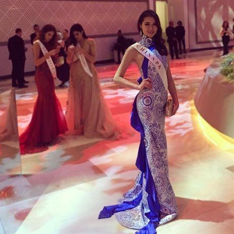 Nhan sac Hoa hau Trung Quoc 'da' ban trai sau khi dang quang vua thang giai Miss World - Anh 4