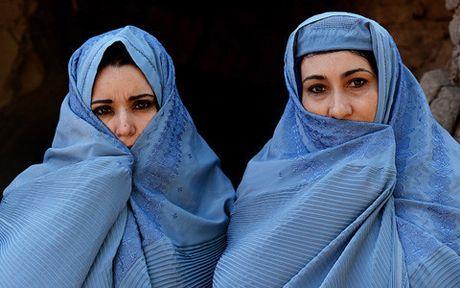 Afghanistan: 5 nu nhan vien san bay bi ban chet - Anh 1