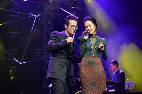 Ha Anh Tuan van say dam Phuong Linh nhu thuo moi 'yeu nhau' - Anh 10