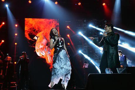 Ha Anh Tuan van say dam Phuong Linh nhu thuo moi 'yeu nhau' - Anh 6