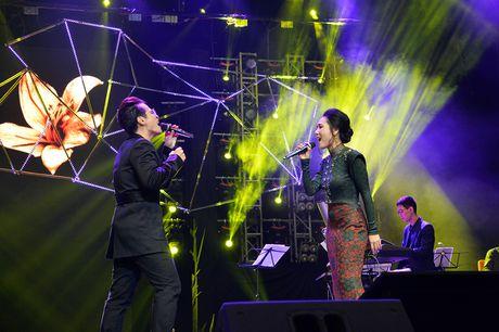 Ha Anh Tuan van say dam Phuong Linh nhu thuo moi 'yeu nhau' - Anh 9