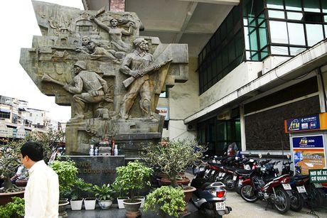Nhung di tich gan lien voi cuoc khang chien chong Phap o Ha Noi - Anh 14