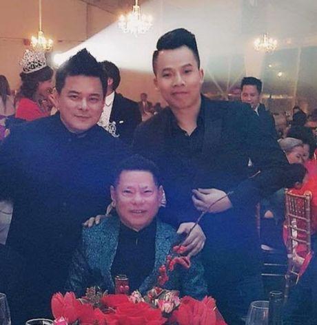 Chan dung con trai ty phu Hoang Kieu xem Ngoc Trinh la me - Anh 13