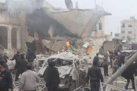 IS tan cong mot thi tran o Syria, 30 dan thuong thiet mang - Anh 1