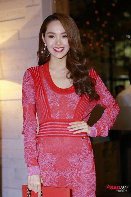 Toc Tien, Bao Anh va Xuan Lan dong loat dien vay Chanel trong dam cuoi Tran Thanh - Anh 6