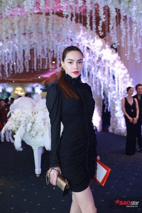 Toc Tien, Bao Anh va Xuan Lan dong loat dien vay Chanel trong dam cuoi Tran Thanh - Anh 7