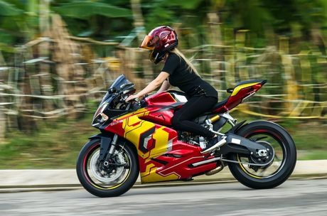 Nu biker 9X Sai Gon dam me Iron Man - Anh 4