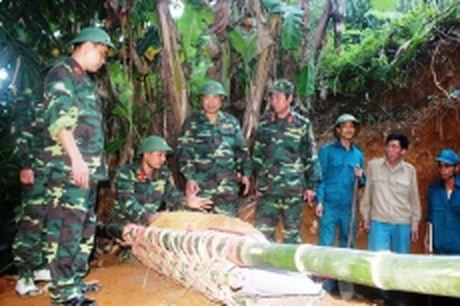 Huy no thanh cong qua bom 350 kg tai Yen Bai - Anh 1