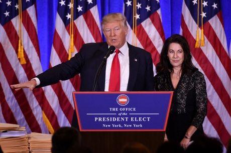 Toan canh Trump hop bao lan dau ke tu khi dac cu: Nga da tan cong mang My - Anh 2