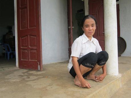 Nguoi dan ba mac benh ung thu nuoi chong ngay dai - Anh 1