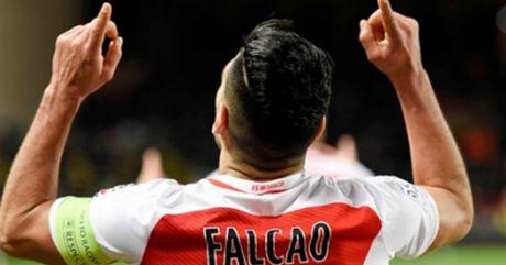"""Ban thang dep V23 Ligue 1: Falcao """"danh bay"""" sieu dang - Anh 1"""