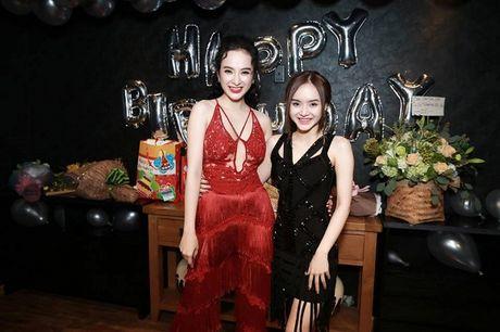 Angela Phuong Trinh rang ro don tuoi moi ben ban be - Anh 10