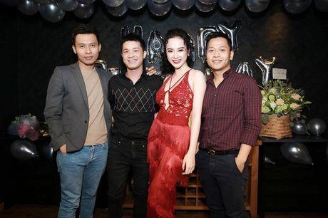 Angela Phuong Trinh rang ro don tuoi moi ben ban be - Anh 3
