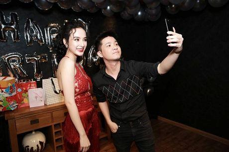 Angela Phuong Trinh rang ro don tuoi moi ben ban be - Anh 5