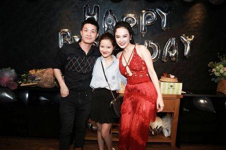 Angela Phuong Trinh rang ro don tuoi moi ben ban be - Anh 6