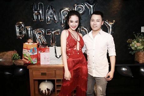 Angela Phuong Trinh rang ro don tuoi moi ben ban be - Anh 8