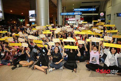 Hinh anh xau xi cua fan cuong khi Yoona den Viet Nam - Anh 2
