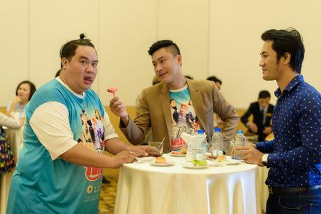 Hoa Hiep va Thanh Truc lan dau dong phim co trang pha an - Anh 9