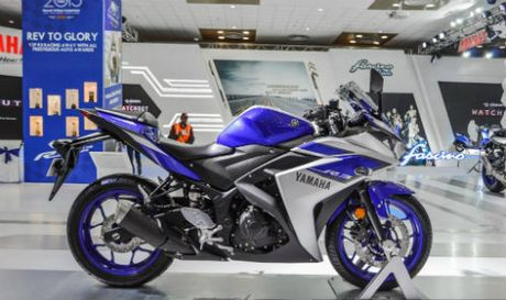 Yamaha YZF-R3 lien tuc dinh loi - Anh 1