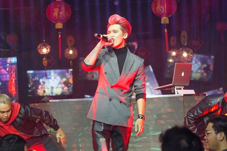 Tronie – Mia tung lien tuc 4 ca khuc de tang khan gia - Anh 5