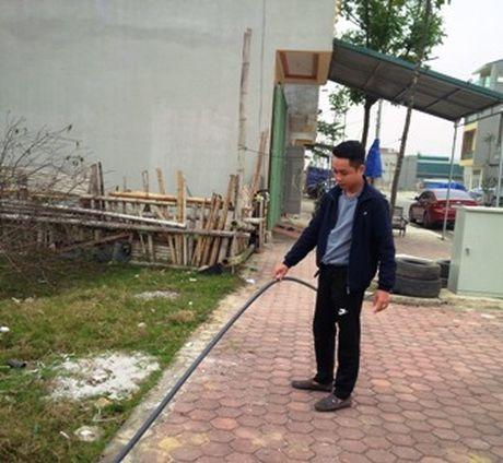 Nguoi dan kho so vi khu tai dinh cu thieu dien nuoc sinh hoat - Anh 1