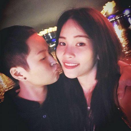 Bi de doa tinh mang, Nam Em vua khoc vua livestream cau cuu cu dan mang - Anh 7