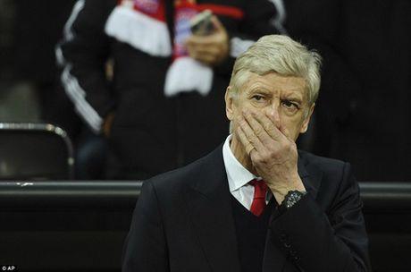 Phan tich: Nhung sai lam chien thuat khien Arsenal tham bai Bayern Munich - Anh 1