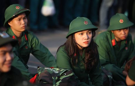 Nhan sac nu xa thu tinh nguyen nhap ngu tai TP HCM - Anh 1