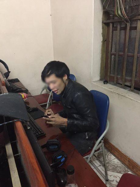 Thanh nien Quang Ninh ngoi quan net 20 ngay lien khong tra tien va cai ket dang - Anh 2