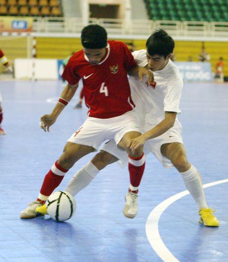Viet Nam doi dau voi Thai Lan tai giai futsal Dong Nam A 2017 - Anh 2