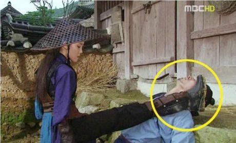 Nhung loi hai huoc trong phim co trang Han Quoc - Anh 16