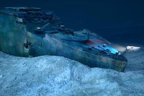 Nguoi giau chi hon 2 ty dong di xem xac tau Titanic - Anh 1