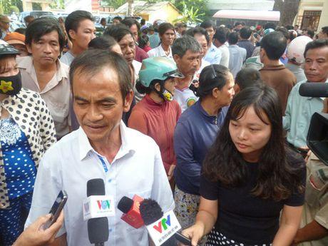 Ong Huynh Van Nen khac khoai cho boi thuong - Anh 1