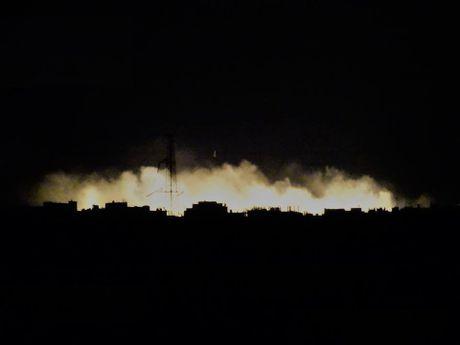Khong quan Nga-Syria giang sam set xuong phien quan tai Hama (video) - Anh 3