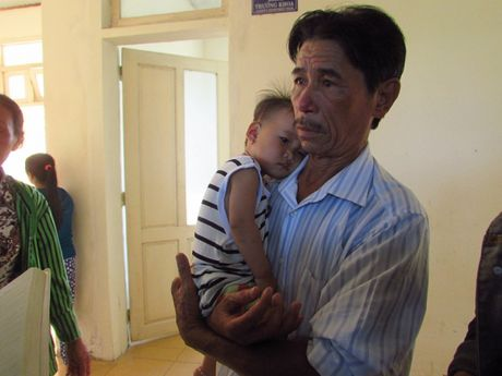 Thua Thien Hue: Hang chuc nguoi nhap vien, nghi do an banh tet - Anh 3
