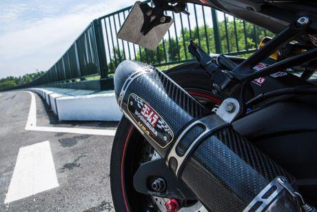 Yamaha R3 lot xac voi nhieu do choi va lop son mo - Anh 7