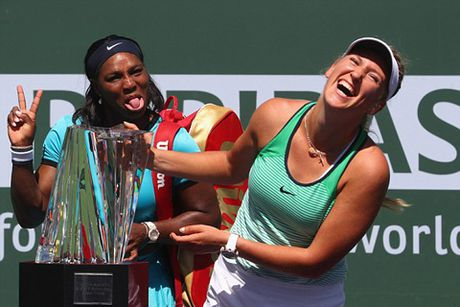 Tennis ngay 21/4: Thay cu Djokovic khen Federer nhu Pele. Kvitova dang ky tham du Roland Garros sau chan thuong khung khiep - Anh 3