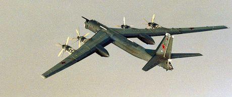May bay nem bom Nga ap sat Alaska 4 ngay lien tiep - Anh 1