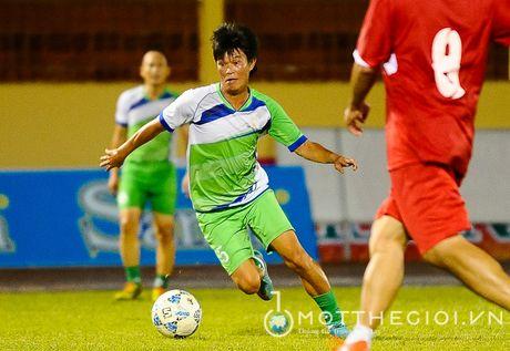 Nguyen Huu Dang, Le Tan Tai 'doi dau' Dang Dao o giai U.19 quoc te - Anh 11