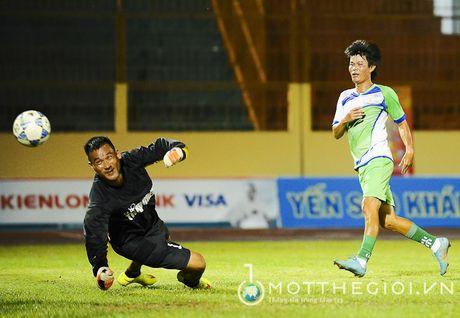 Nguyen Huu Dang, Le Tan Tai 'doi dau' Dang Dao o giai U.19 quoc te - Anh 13